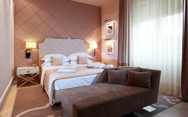 hotel-Aleksander-Rogaska-Slatina-oprema-sobe_hotel-room-furniture_hotel-Zimmer-Hotelmoebel_4