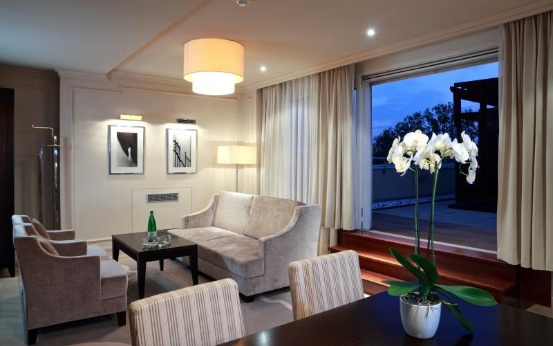 hotel-Aleksander-Rogaska-Slatina-oprema-sobe_hotel-room-furniture_hotel-Zimmer-Hotelmoebel_7