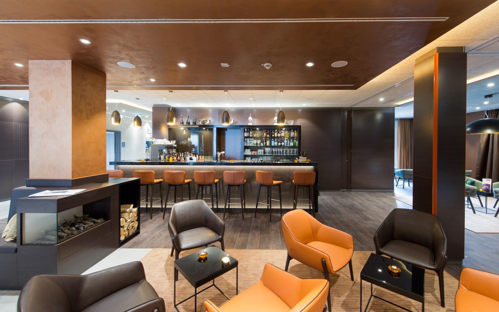 hotel_Meereszeiten_lobby_bar_hotelski-bar_3