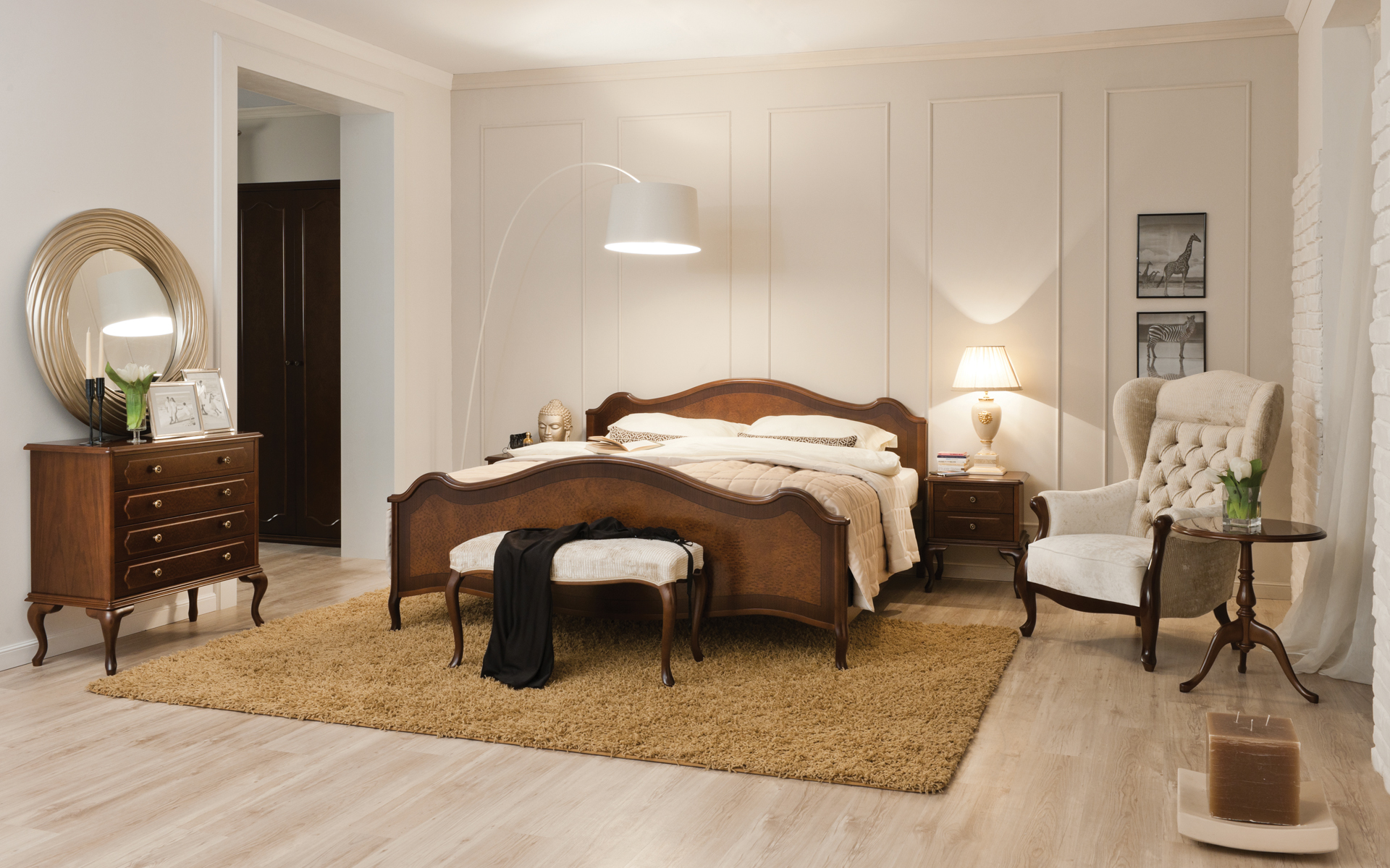 spalnica_bedroom_schlafzimmer_Barok_klasicno-pohistvo_classic-furniture_Klassischen-Moebel_Barock_2a