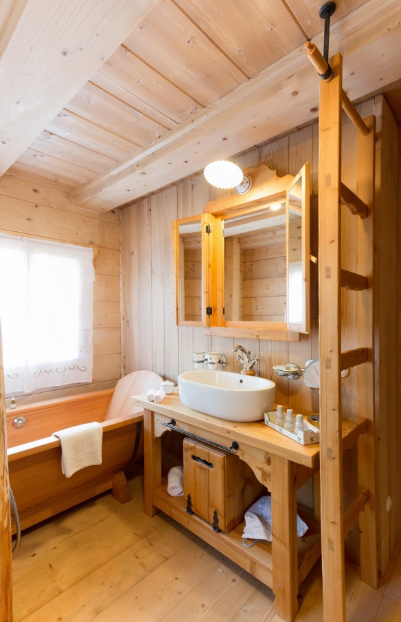 Seinerzeit-Almdorf_Cottage_Chalet-Alpenstil_Wodden-apartments_Austria_hotelska-oprema_Hotel-equipment_03