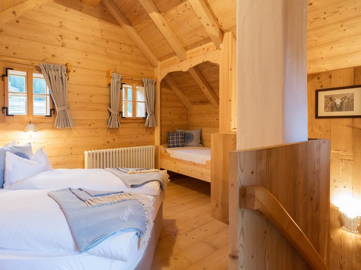 Seinerzeit-Almdorf_Cottage_Chalet-Alpenstil_Wodden-apartments_Austria_hotelska-oprema_Hotel-equipment_07