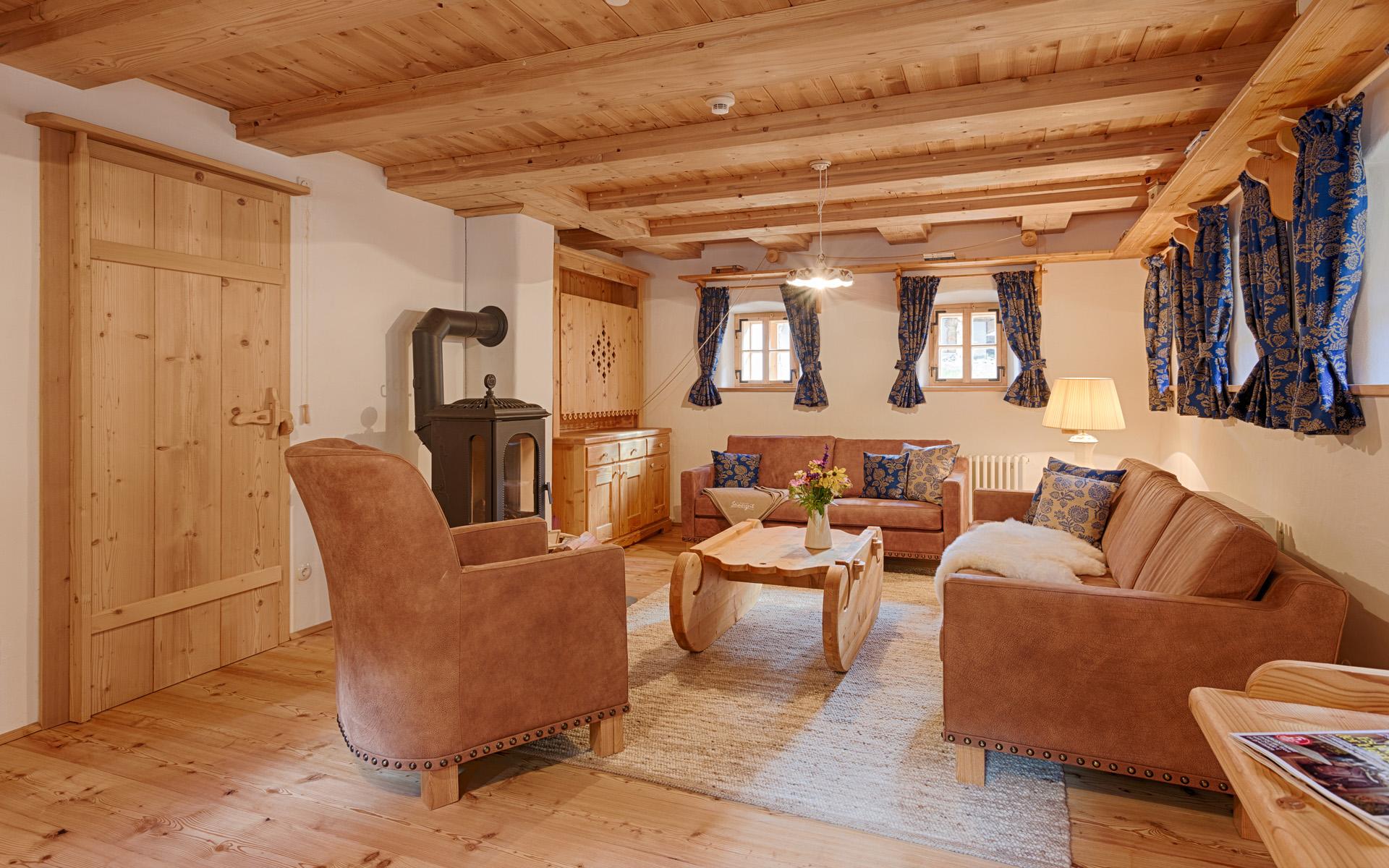 Seinerzeit-Almdorf_Cottage_Chalet-Alpenstil_Wodden-apartments_Austria_hotelska-oprema_Hotel-equipment_10