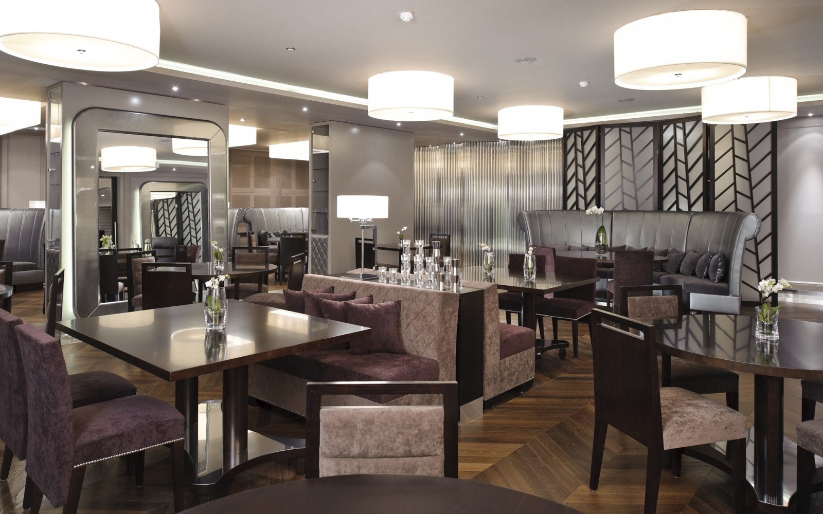 hotel-Aleksander-Rogaska-Slatina-oprema-barov-restavracije_bar-restaurant-equipment_Barmoebel