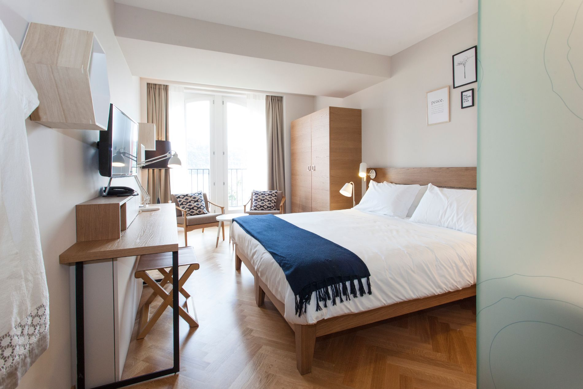 hotel_Laveno_Italy_1