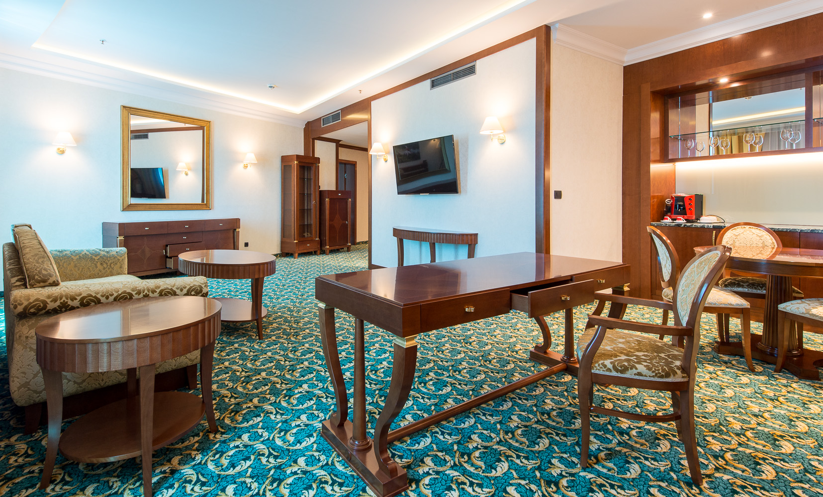 hotel-Mellain-Tuzla_oprema-javnega-dela_hotelske-sobe_oprema-hotela_hotel-furniture_lobby_restaurant_classic-furniture_12