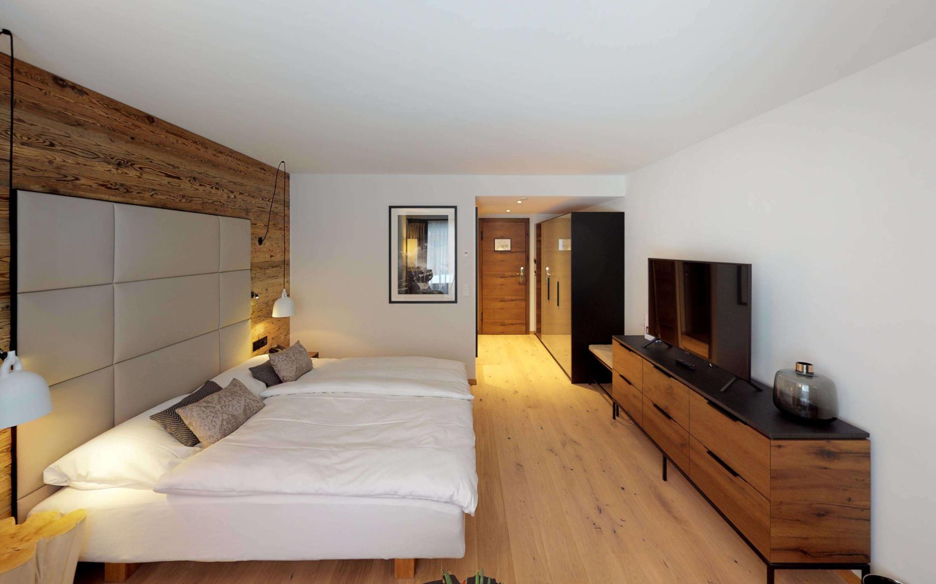 Walliserhof Saas Fee Deluxe Doppelzimmer