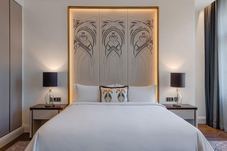 Budlc King Deluxe Guestroom 6551 Hor Clsc